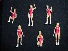 6  FIGURINES  SET 51   HAWAIAN  TROPIC  GIRLS   VROOM  1/43  A  PEINDRE