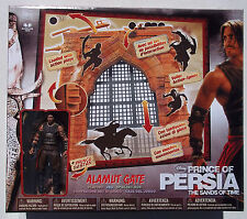 PRINCE OF PERSIA ALUMUT GATE PLAY SET W/ PRINCE DASATAN FIGURE. NIB
