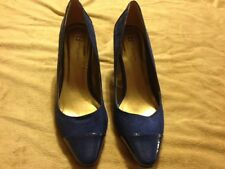 Ladies Fasion High Heels. ( Size 8M ) Boston Design