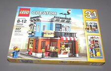 LEGO Corner Deli CREATOR Set 31050 Townhouse, Flower Shop 3 in 1 NEW