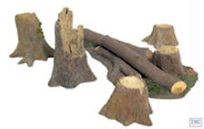 B17910 W.Britain Fallen Tree and Stumps Accessory Set 5 Piece Set