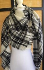 Modcloth Loch and Key Scarf Black White Gray Plaid Fabfitfun Blanket Shawl Wrap