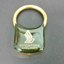 Rare Vintage Singapore Airlines SIA Gold Color Keychain (A025)