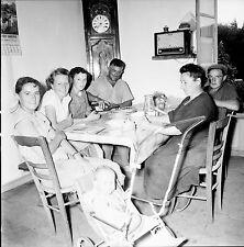 PLOBANNALEC c. 1950 - Famille Quiniou  Finistère - Négatif 6 x 6 - N6 BR58