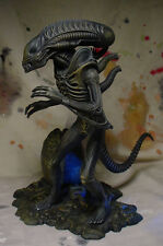 """ALIEN w EGG 9"""" STATUE w PROFESSIONAL BUILD & PAINT Awesome Detail Halycyon"""