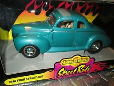 1940 FORD coupe STREET RODS green  AMERICAN MUSCLE ERTL  32097   1/18