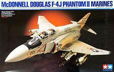 Tamiya 60308 McDonnell Douglas F-4J Phantom II Marines 1/32 scale kit