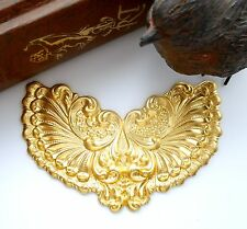 BRASS Victorian Winged Cartouche / Plaque Brass Stampings Findings (C-802)