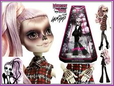 Monster High ZOMBY GAGA Born This Way Foundation LADY GAGA Zombie Doll Exclusive