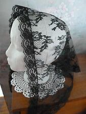 headcovering, veil, mantilla  lace triangle  black with green