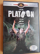PLATOON von O. Stone mit Charlie Sheen, Tom Berenger, Willem Dafoe, Johnny Depp