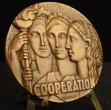 Large médaille Art déco 222 g de 1979 Coopération par R Pelletier Medal 铜牌