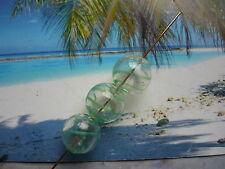 GLASPERLEN - mundgeblasen rund mit grünen Streifen kristall - 12,5 mm - Hohlglas