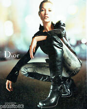 PUBLICITE ADVERTISING  046  2006  Dior  bottes cuissardes & Kate Moss