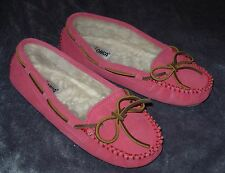 Minnetonka Moccasin Pink Ankle Slip On Suede Women's Size 6