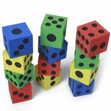 12 Stueck Schaumstoff Wuerfel spielen - zufaellige Farben DE