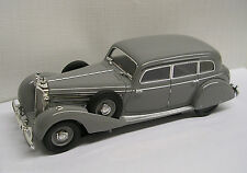 1938 Mercedes Benz 770K Sedan Grey 1:43 Die-Cast Signature Models 43701