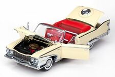 1960 Plymouth Fury BUTTERCUP YELLOW 1:18 SunStar 5401