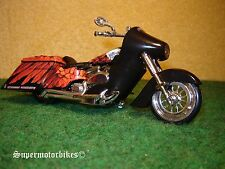 1:18 Harley Davidson Arlen Ness Screaming Eagle / 01320
