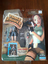 TOMB RAIDER ADVENTURES OF LARA CROFT FACES THE DEADLY GREAT WHITE NIP 1999