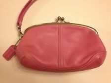 COACH HOT PINK LEATHER SOHO KISSLOCK WRISTLET COSMETIC BAG CLUTCH EVENING POUCH!