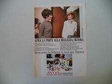 advertising Pubblicità 1969 AVON COSMETICS