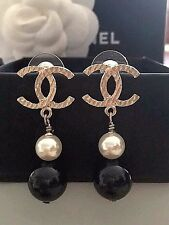 CHANEL GOLD CC LOGO black/white PEARL DROP POST EARRINGS VELVET BOX