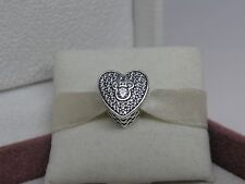 New w/Box Pandora Disney Mickey & Minnie Sparkling Heart w/ CZ's Charm 792049CZ