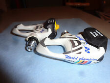 Vintage World Champion LOOK Delta Clipless Pedals