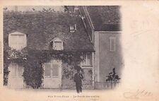 AUX VIVES-EAUX le garde des scellés timbrée 1903