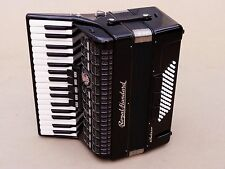 Very Nice German Accordion Royal Standard Meteor 60 bass Including Case