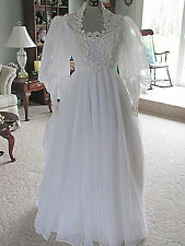 Vintage White Wedding Dress Gown Angelic Sweep