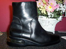 COLE HAAN NIKE AIR black leather ankle boots with side zipper 7M excellent cond.