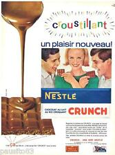 PUBLICITE ADVERTISING 095  1964  NESTLE  le chocolat CRUNCH au riz croquant