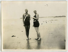 PHOTO ANCIENNE - MER MAILLOT DE BAIN FEMME SEXY-SEA FASHION FUN-Vintage Snapshot