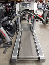 Life Fitness 95Ti Treadmill - Cleaned & Serviced