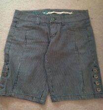 BB Dakota Long Shorts Size 7, Blue Pin Stripe/white,nickers