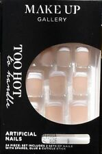 Make-Up Gallery Too Hot French Tip Self-Adhesive False Nails 24 Piece Press On