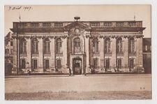 """CPA """" BEAUVAIS - L'Hôtel de Ville"""