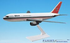 South African Airways 767-200 Airplane Miniature Model Plastic Snap-Fit 1:200 Pa