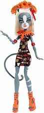 Monster High Doll Ghouls Getaway Meowlody Daughter of a Werecat New