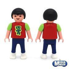 Playmobil ® niños Personaje: chico asiático en t-shirt y jeans   rojo verde azul