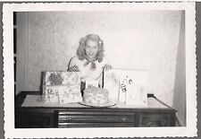 VINTAGE 1950 16 YEAR OLD PRETTY BLONDE GIRL BIRTHDAY PARTY CAKE PRESENTS PHOTO