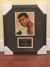 MUHAMMAD ALI SIGNED AND FRAMED PHOTO WITH CAREER STATS PLAQUE - STEINER COA
