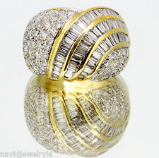 2.5 ct F VS1 Round and baguette diamond ring 18k yellow gold