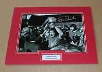 TOMMY SMITH IN LIVERPOOL SHIRT HAND SIGNED AUTOGRAPH PHOTO MOUNT + COA