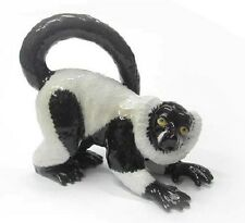 Northern Rose Miniature- Black & Ruffed Lemur R146
