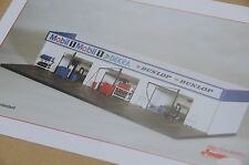 Exoto 43 Hi-Tech / Le Mans - Nurburgring Garages / 1:43 Diorama / #EHT00001