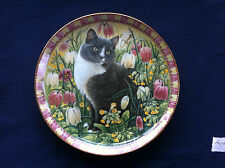 "Danbury Mint The Four Seasons ""Delabole In Spring"" cat plate (small scratch)"