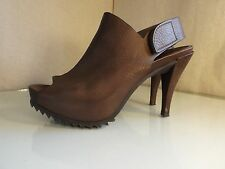 Pedro Garcia Paulette Pebble Leather peep toe Sawtooth mule heels 37 Brown 7